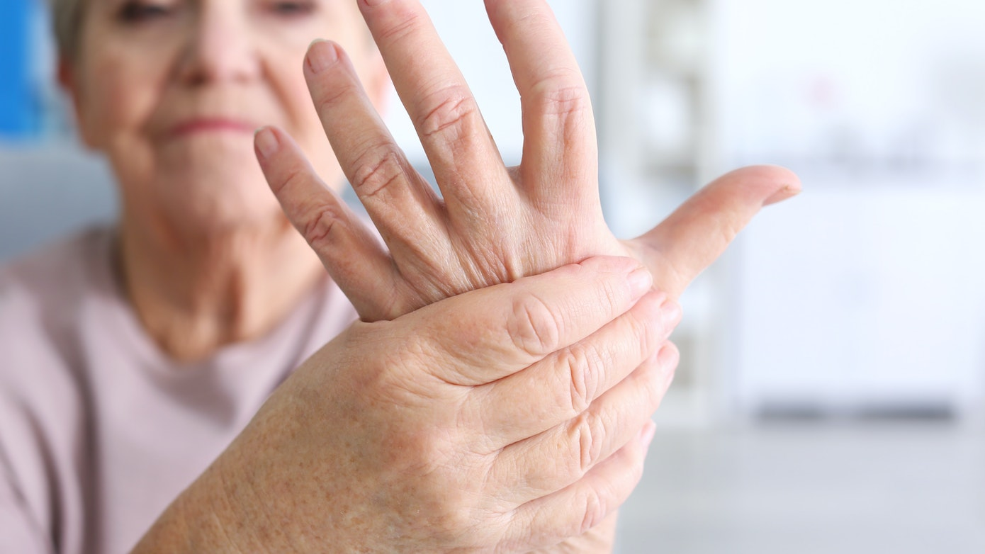 Reasons for Back of Hand Swelling & How to Reduce Swelling
