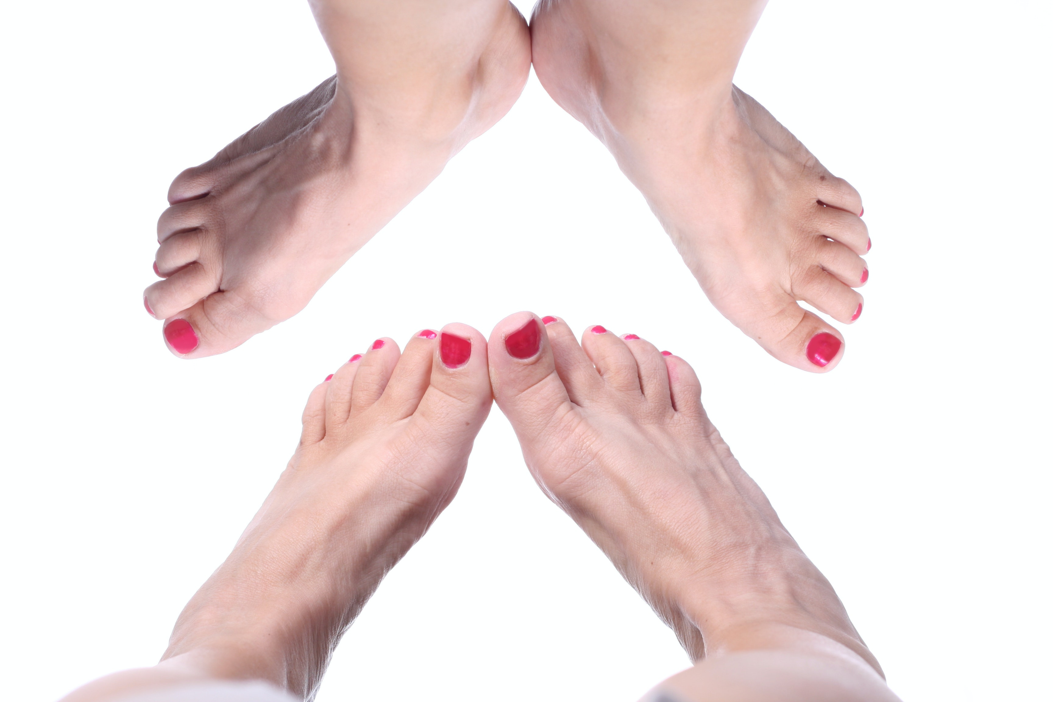 Why are your toes numb