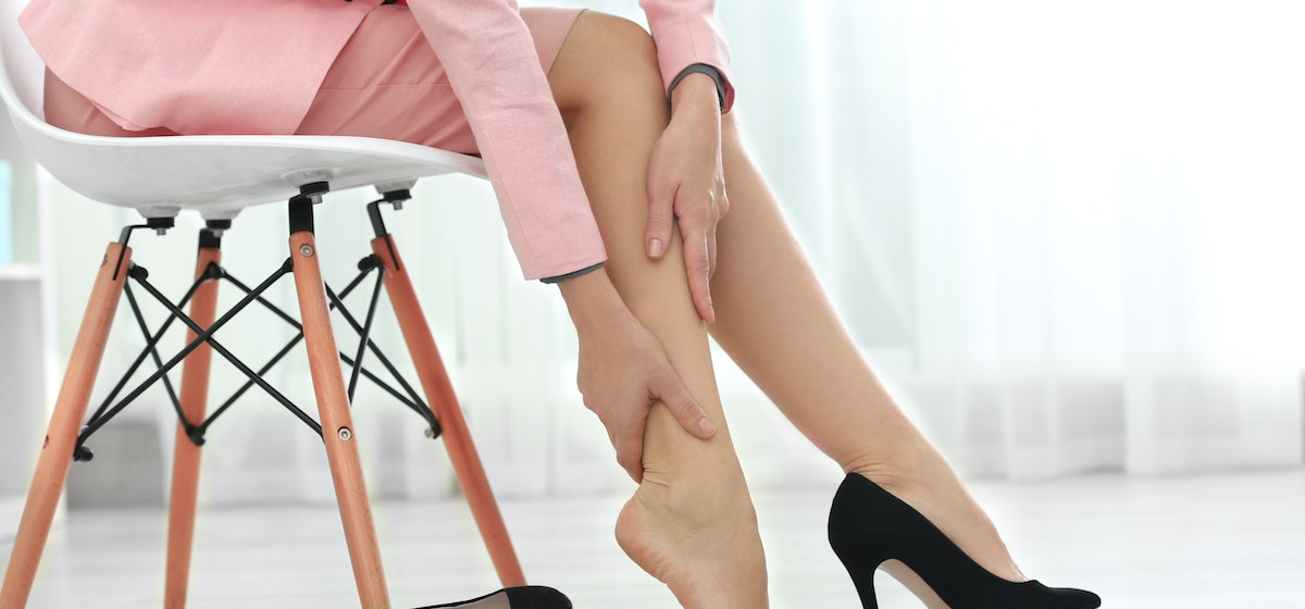 Numbness in Lower Legs | 10 Possible Causes | Buoy