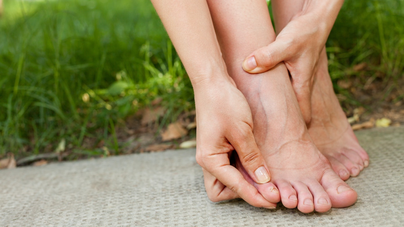 Why Your Pinky Toe is Numb | 5 Pinky Toe Numbness Reasons