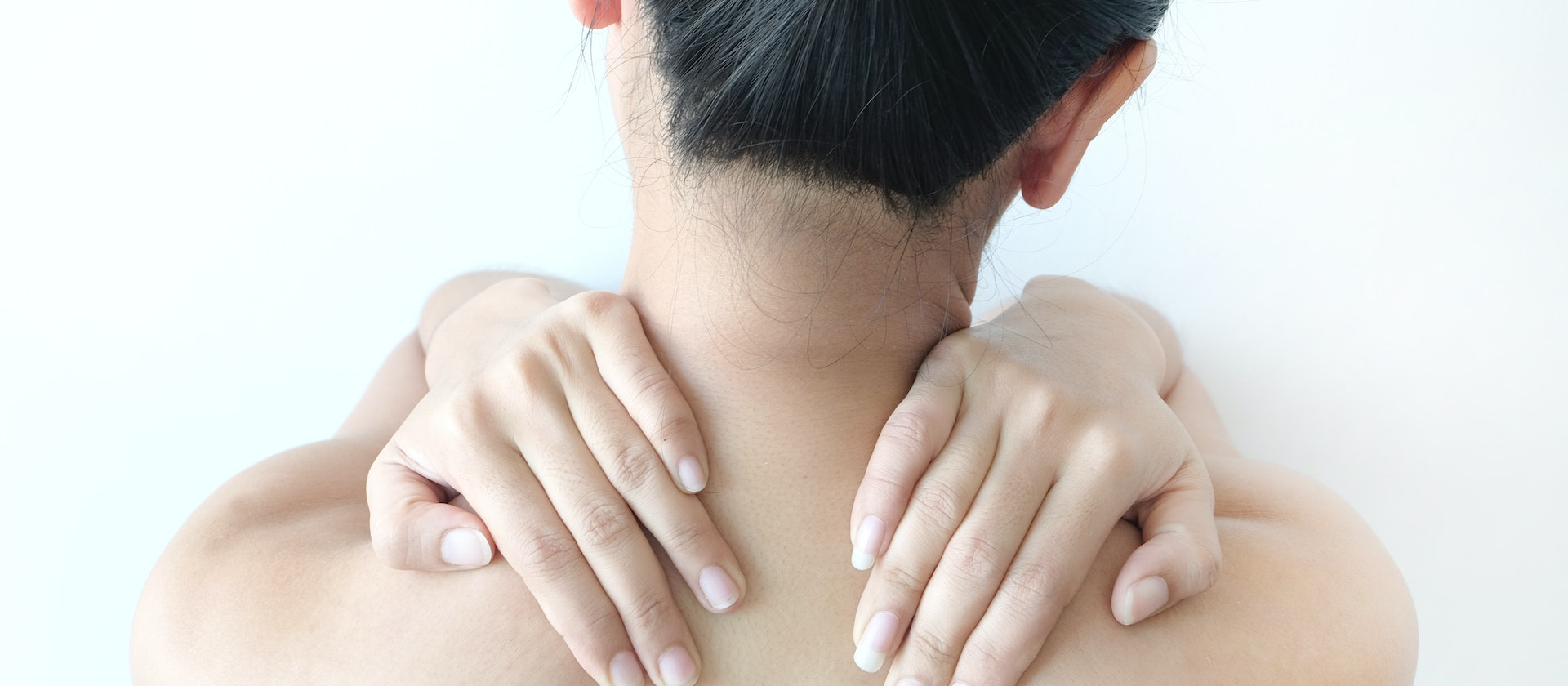 Pain In Both Shoulders Symptoms Causes Treatment Options Buoy