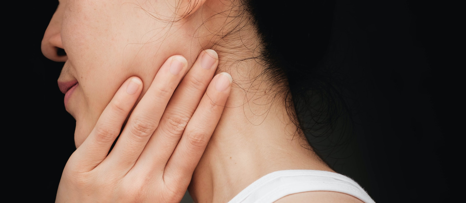 painful jaw lump symptoms causes common questions buoy
