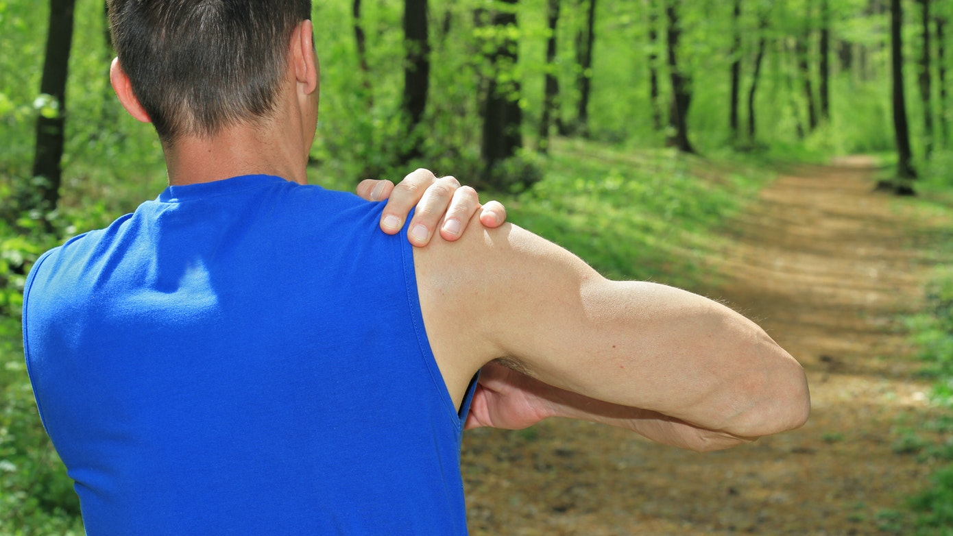 Shoulder Numbness in Right Arm | 7 Causes and Treatment Options