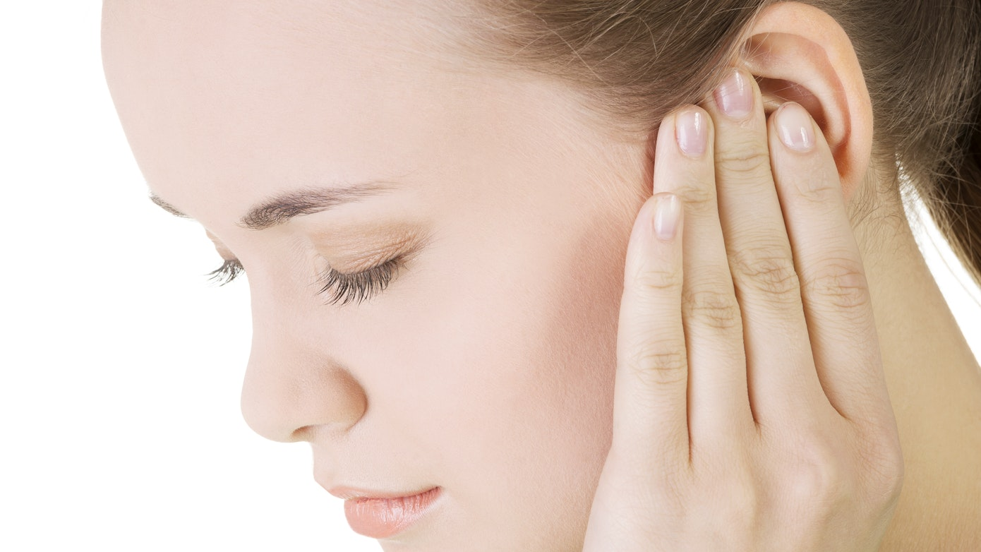 Ear Feels Wet or Warm | 4 Reasons Your Ears Feel Wet Inside